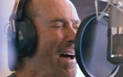 """Lee Greenwood, Home Free and The United States Air Force Singing Sergeants – """"God Bless the USA"""""""